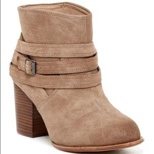 Splendid Laventa suede ankle boot